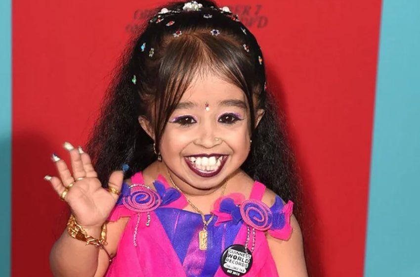 «Рост — это не ключ к счастью»: Как живет самая маленькая актриса индийского происхождения